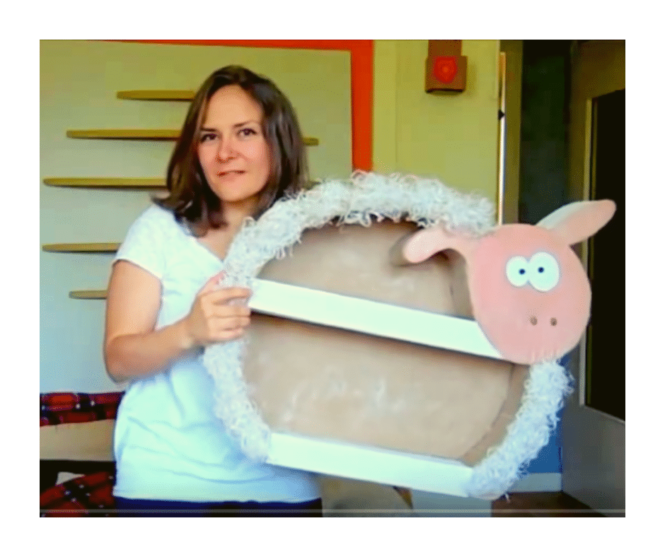 Le patron du mouton en carton